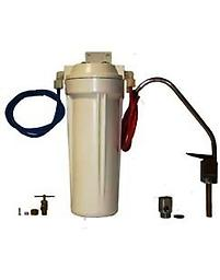 Water filter for under counter This Compact water filter made in USA. is easy install includes comes with all the conectors. QUS30