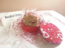 Valentine's Day Pralines in Tins Delight your valentine with 1 to 2 or maybe even 3 dozen of these delectable delights, Rosalyn's Pralines. Sweets for your sweetie.