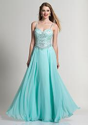 Aqua Dave and Johnny 2372 You`ll come out a winner when you opt for the prettily alluring style of this Dave and Johnny 2372 A-line dress! Its long, flared skirt features layers of ultra-fine material.