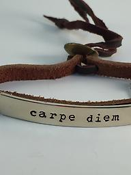 """""""Carpe Diem"""" Adjustable brown leather bracelet with alpaca silver plate with a message."""
