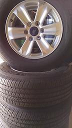 """17"""" F150 Alloy Wheels Tires 05-17 This is a set of lightly used wheels, tires and caps. Factory alloy 17"""" wheels and Michelin M/S2 tires. p245/70R17 Fits the 05-17"""
