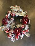 Christmas Wreath - White and silver Christmas wreath perfect to decorate your front door