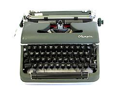 Olympia SM4 (Green) Collectible Portable Typewriter