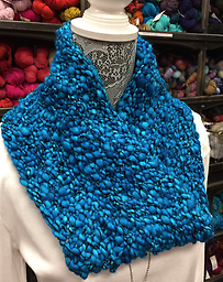 Cross Your Heart Mobius Learn the Mobius cast on to make your cowl lay beautifully. with Diane Augustin