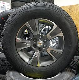 """17"""" Chevy Colorado Z71 Alloy Wheels & Tires New Take Off w/ TPMS Less than 15 miles on this set of factory rims and tires. Goodyear Wrangler Adventure with Kevlar. p255/65R17 tires with 100% tread!"""