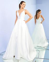 Ieena for Mac Duggal 55010 in Ivory Available in size 12