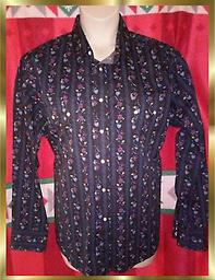 C7 Wrangler Men's Western Shirt Wrangler American Cowboys Western Shirt size large, beautiful multi color red, blue, yellow floral pattern. Pearl snaps.