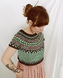 Soldotna Knit Caitlin Hunter's exceptionally popular cropped short sleeve sweater. Learn or practice colorwork.