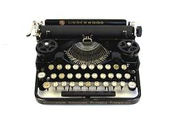 Underwood Standard Portable (3 Bank) Collectible Portable Typewriter ON SALE NOW!