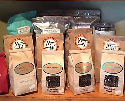 Breakfast Blend A perfectly balanced medium roast that combines Full City and French Roast origins. Subtle smoky taste with a smooth and pleasant finish.