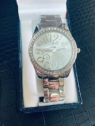 Ladies Speidel - Silver Speidel Womans watch in silver with large face and metal band with folding clasp