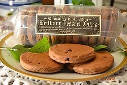 Chocolate Chip Mint Brittainy Dessert Cakes A combination of chocolate chip and peppermint make these dessert cakes a favorite for chocolate lovers