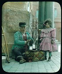 3. Shoeshine man and daughter Rome: For more than 30 years, visitors to the Spanish Steps could find Francesco (here pictured with his daughter in 1914) shining shoes.